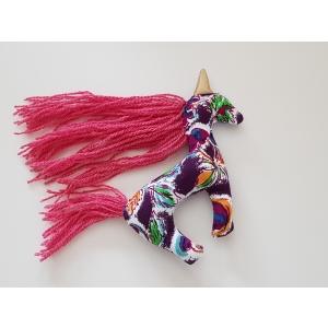 Unicorn2 01 v.jpg