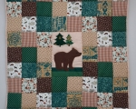 Toddlers Patchwork quilt with BEAR (140 x 105 cm), green and brown