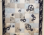 Patchwork Quilt with Gears (210 x 150 cm)