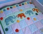 Kids quilt bedcover with elephants 85 x 140cm