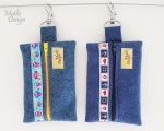 Felt Keychain with carabiner, blue (13 x 9 cm)